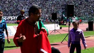 فيديو | عبدو الرباع يغني بحال الوداد بحال الرجاء |