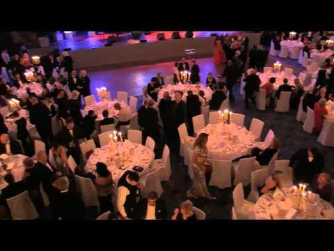 Kiều Trang hát  không Microfon trước hơn 1000 khán giả của UNICEF GALA Köln 2014