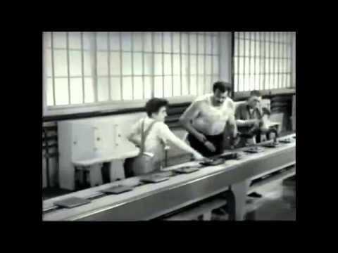 Tempi moderni 1936-La catena di montaggio -VzZZin2G3Oo