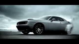 Креативная реклама Dodge Challenger 2015