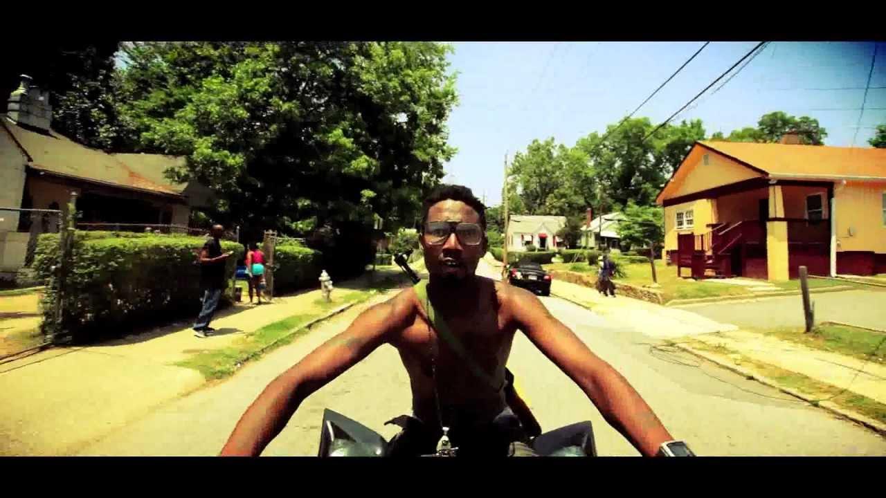 Watch Free Movie Online Snow On Tha Bluff 2011 on ...