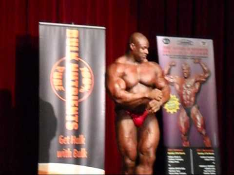 Ronnie Coleman.Guest poses at N.S.W IFBB Finals