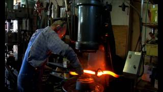 Forging Free Sculptural Shapes (HD)