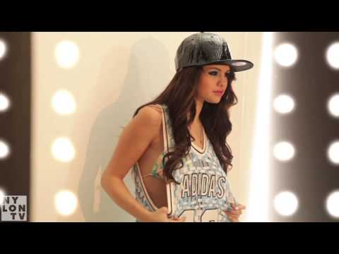 SELENA GOMEZ x NYLON - BEHIND THE SCENES ON OUR FEBRUARY 2013 COVER SHOOT!, Everyone's buzzing about Selena Gomez's February cover of NYLON, so here's the sneak peak at what went down! When we had her on set at Smashbox Studios in Cu...