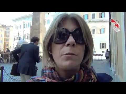 Roma, flash-mob contro la violenza sulle donne
