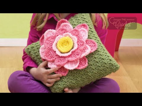 How to Crochet A Pillow: Spring Fling
