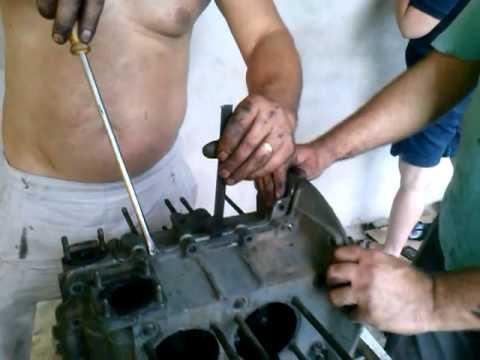 Abrindo o Motor do fusca 1 300 PARTE 1