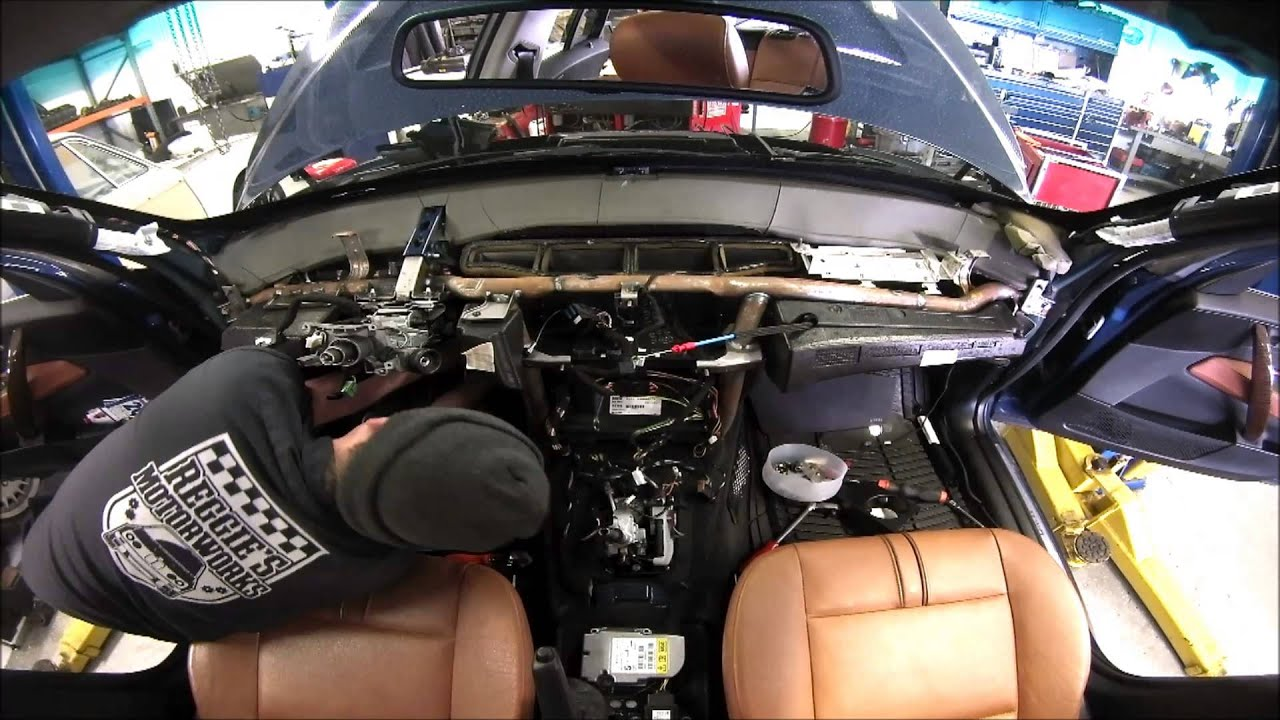 Replacing A Bmw X3 Air Conditioning Evaporator Youtube