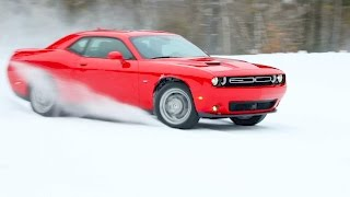 2017 Dodge Challenger GT (AWD) – Test Drive on Snow. YouCar Car Reviews.
