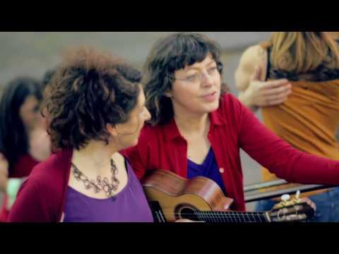 """Aurélie & Verioca """"Pas à pas"""" (clipe oficial)"""