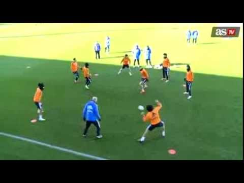 ZINEDINE ZIDANE - Fantastic play in Real Madrid training ! With Marcelo and Luka Modric (2014)