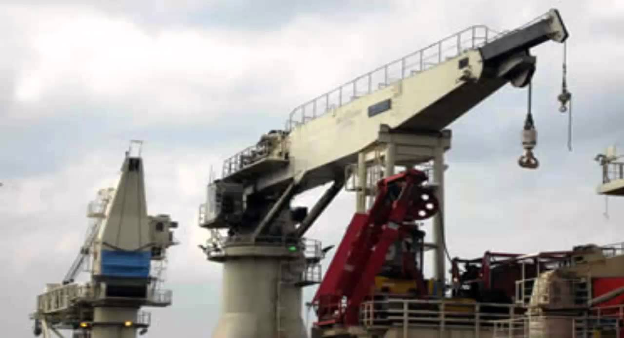 The installed power of the pump test stand exceeds that required to test the largest hydraulic piston pumps manufactured to date. The unique 2 station system is fully independent and can test open and closed circuit pumps and motors