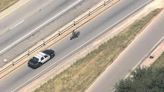 Policia siguiendo Harley