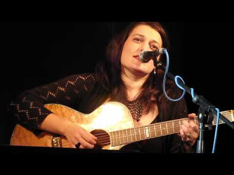 Alina Manole - Ea nu ma stie (folk jazz)