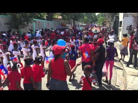 #Bicolore - 18 mai 2015: Célébrations du bicolore Haïtien - Défilé de la Jeunesse
