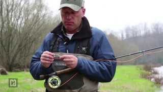 Fly Series 05 : Tie a loop knot on a fly used for retrieval to get more action