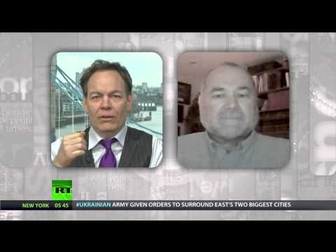 Keiser Report: Time to Fake US Manufacturing?