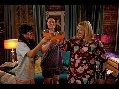 Super Fun Night 1x01 Sneak Peek with Rebel Wilson!