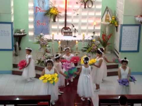 Dâng hoa kính Đức Mẹ tháng 5/2011 - Thiếu nhi HĐ Toà Giám Mục Cần Thơ