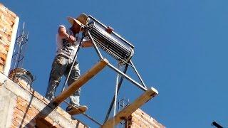 Ingenio y creatividad de albañiles - Polea para subir cargas