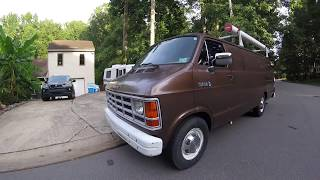 Guy buys a 1989 surveillance van at auction