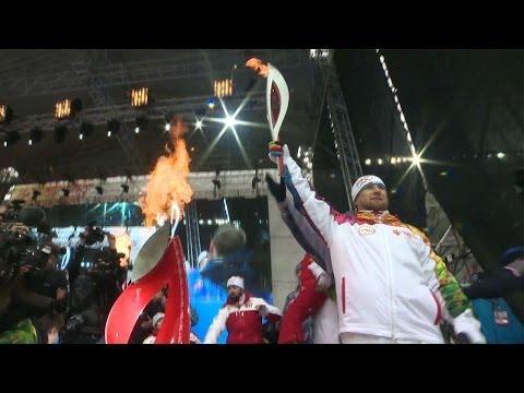 Chechen Leader Kadyrov Lights Olympic Torch in Grozny