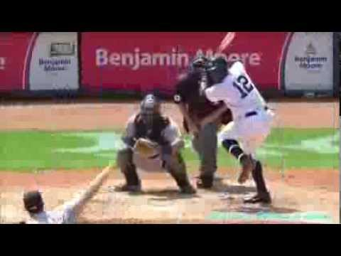 Alfonso Soriano drills solo shot for his 2,000th hit
