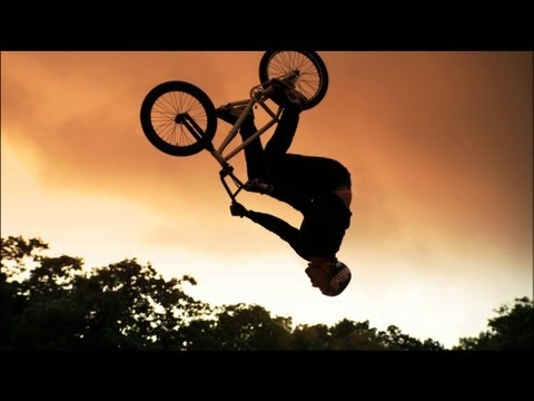 The ultimate dirt BMX course - Red Bull Dream Line - Day 1 qualifying