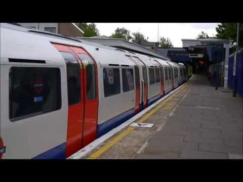 [London Underground] [HD] Bakerloo line 1972 TS trains at Harlesden