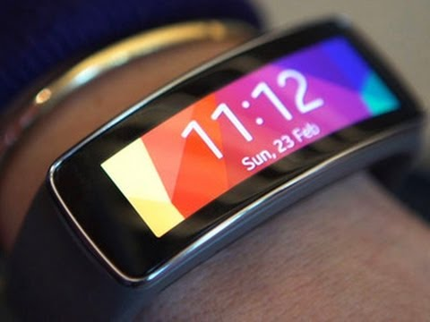 Samsung reveals Galaxy S5 with new wearables