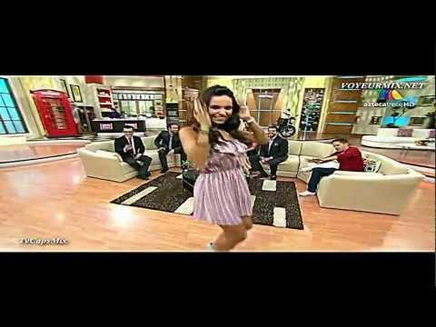 Tania Rincón y LA REGADERA en el BAILE DEL SHAMPOO