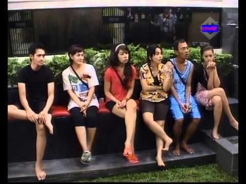 Big Brother Indonesia 28 April 2011 (Matching The Sock game)