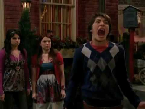 watch wizards of waverly place vampires vs werewolves