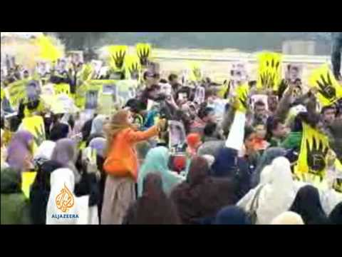 Thousands protest potential Sisi election bid