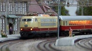 Modelleisenbahn Hessisch Lichtenau Spur H0 Holle Modellbahn mit Rheingold-Express