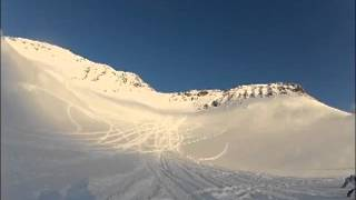 [Snowmobiler Hit By Fast Moving Avalanche] Video