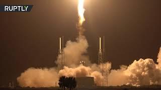 """إطلاق صاروخ """"فالكون-9"""" مع 60 من أقمار"""