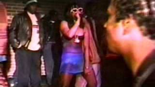 Lil' Kim Get Money (LIVE)