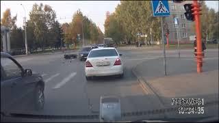 Kecelakaan motor dijalan