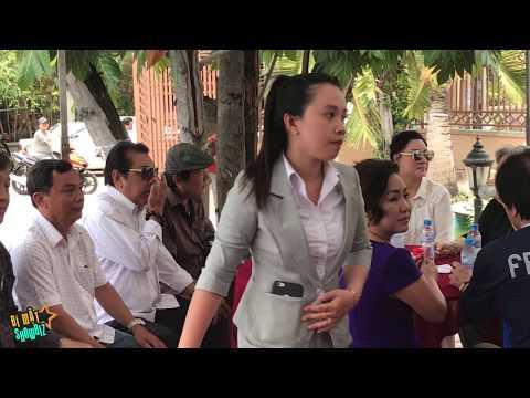 Trực tiếp đám tang NSƯT Thanh Sang: NSƯT Minh Vương nhìn mặt đàn anh lần cuối
