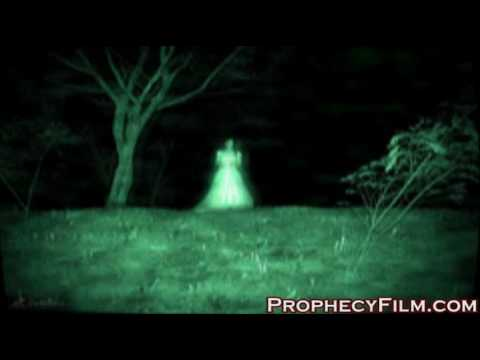 Ghosts or spirits attack scared people on camera!