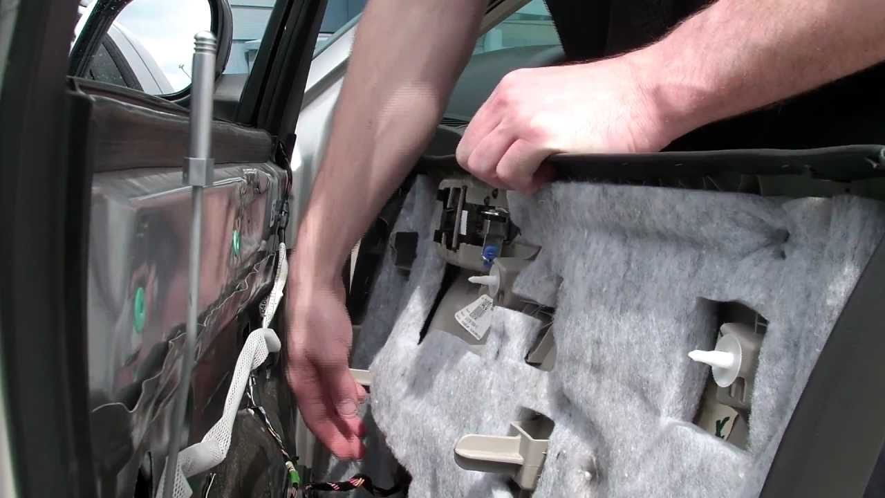 Chrysler 300 Door Panel Removal Youtube