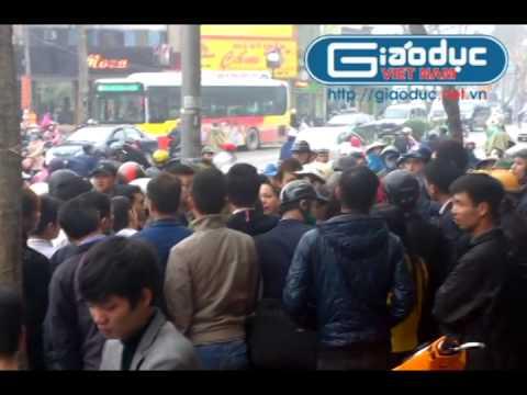 Cô gái Tuyên Quang liều mình giằng co với tên cướp điện thoại