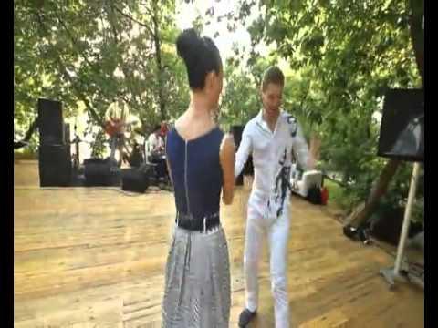 Елена и Александр «Рок-н-ролл» на свадьбе «Blue Suede Shoes»