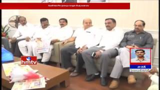 KCR meets corporators over mayor candidate