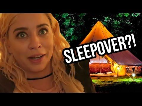 SECRET SLEEPOVER IN MALIBU?! (Lunchy Break)