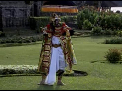 Vacation to Bali : Watch Balinese Dance : Tari Topeng Keras (Hard Mask Dance)
