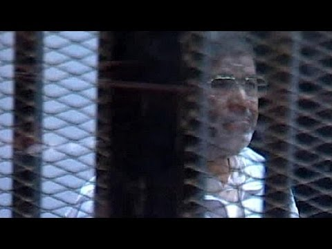 Egypt: Mursi espionage trial adjourned and media ban imposed