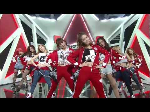 SNSD Cut - Interview & Danceing Queen & I Got a Boy @ Comeback Stage (6 Jan,2013)