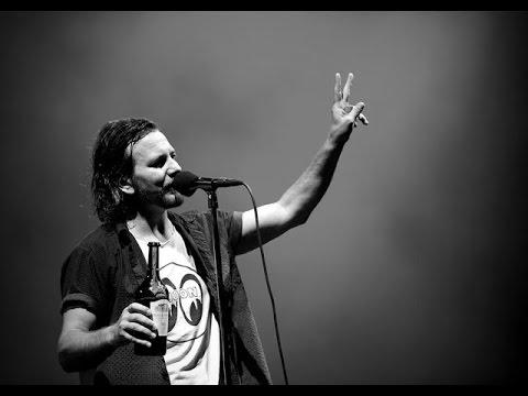 Sirens - Pearl Jam Video con testo originale e traduzione simultanea